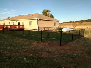 2017-chain-link-fence-002