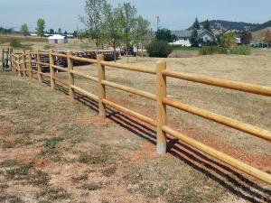 2017-farm-ranch-rail-fence-001
